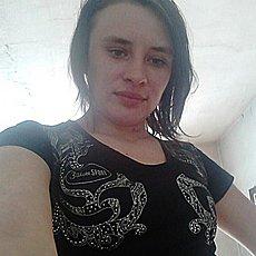 Фотография девушки Алена, 25 лет из г. Челябинск